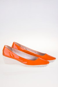 Tod's Orange Patent Leather Wedge Pumps / Size: 38.5 - Fit: 39