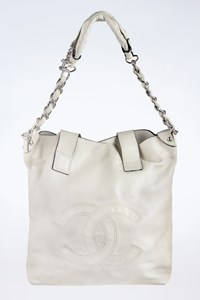 Chanel Edgy Off-White Leather Shoulder Bag with Strap