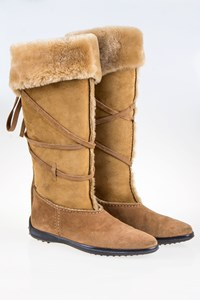 Tod's Tan Shearling Flat Boots / Size: ? - Fit: 39