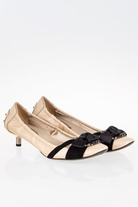Tod's Beige Leather Kitten Heel Pumps with Bow / Size: 39½ - Fit: 39