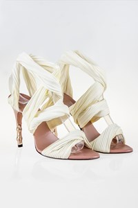 Gucci Ecru Sandals with Rose Gold Bamboo-Heel / Size: 38 (8Β)- Fit: True to size