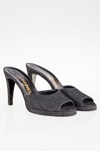 Chanel Dark Blue Denim Peep-toe Mules / Size: 36.5 - Fit: True to size