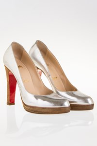 Christian Louboutin Silver Leather Pumps with Wooden Heel / Size: 39½ - Fit: 39