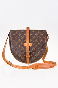 Louis Vuitton Monogram Canvas Chantilly GM Messenger Bag