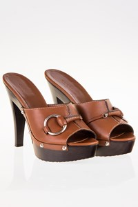 Gucci Icon Bit Tan Leather Clogs / Size: 39 - Fit: True to size