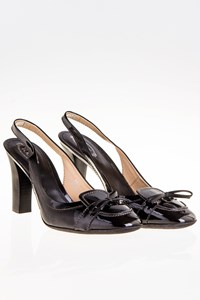 Tod's Black Patent Leather Slingbacks with Wooden Heel / Size: 38.5 - Fit: 38
