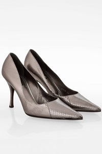 Dolce & Gabbana Silver Snakeskin Pointed Toe Pumps / Size: 39 - Fit: True to size