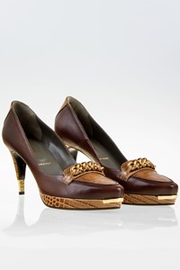 Bruno Magli Brown Leather Pumps with Mixed Textures / Size: 40 - Fit: True to size