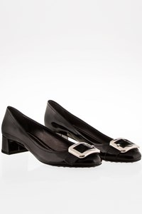 Car Shoe Black Patent Leather Low Heeled Pumps / Size: 39 - Fit: True to size