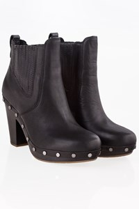 Ugg Black Leather Clog Ankle Boots / Size: 39 - Fit: 38.5