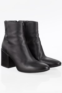 Strategia Black Leather Ankle Boots / Size: 39 - Fit: True to size