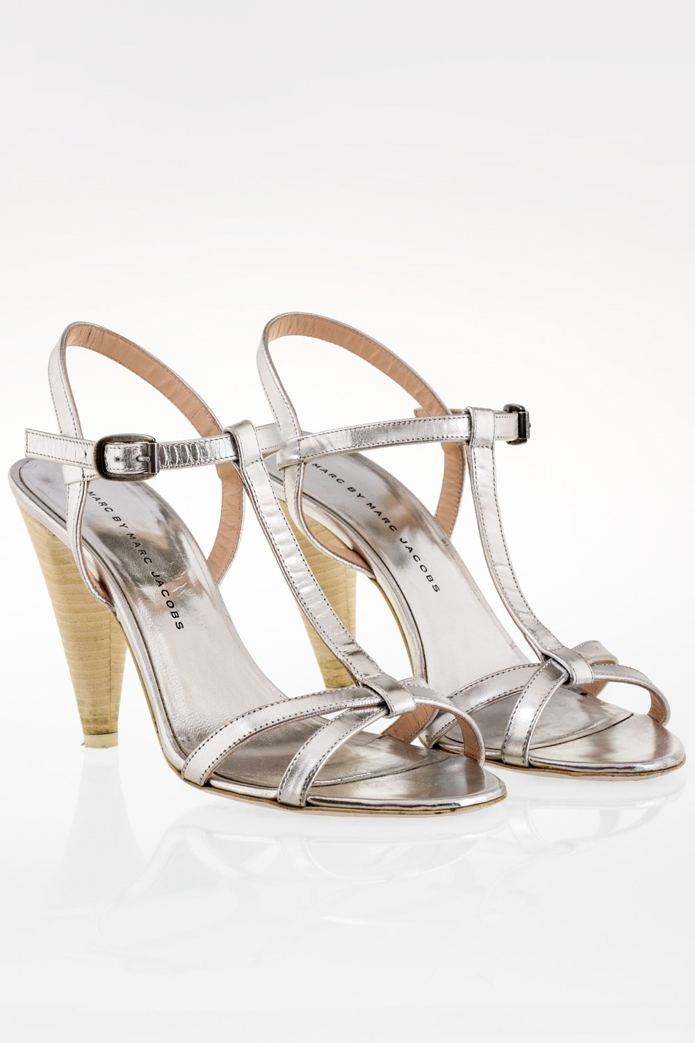 8a9807d61b18 Silver Leather Strappy Sandals   Size  38 - Fit  38.5