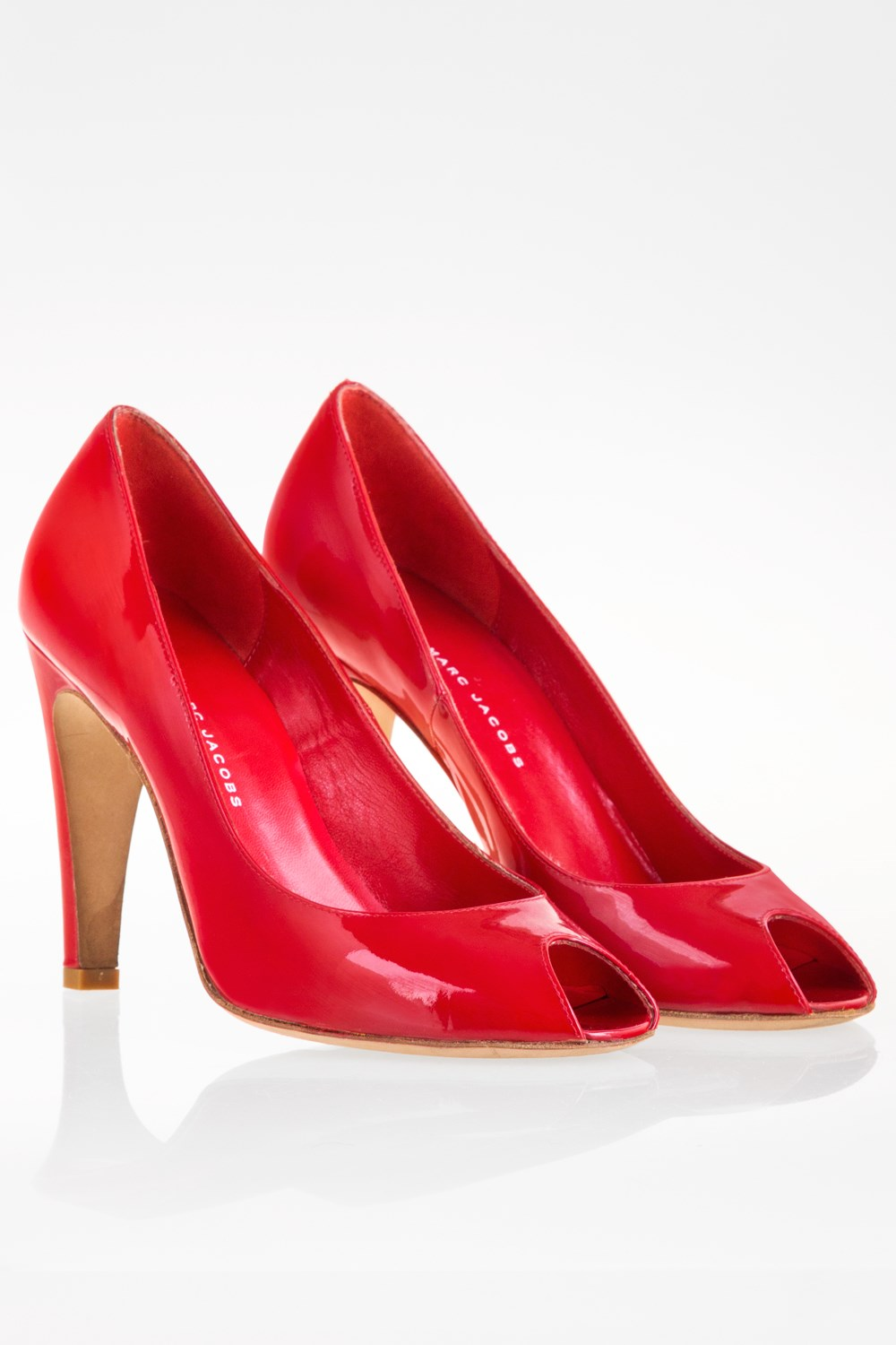 32a0ea2e4245 Red Patent Leather Peep-Toe Pumps   Size  38 - Fit  37