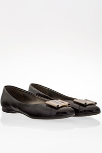 Salvatore Ferragamo Black Patent Leather Ballerinas with Metallic Buckle / Size: 37.5 - Fit: 38.5