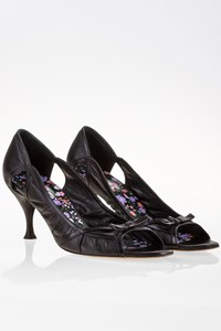 Dolce & Gabbana Black Leather Cut-Out Pumps / Size: 39 - Fit: True to size