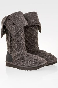 Ugg Grey Classic Cardy Button Detailed Knit Boots / Size: 38 - Fit: True to size