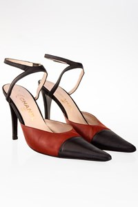Chanel Black-Burgundy Leather Ankle Strap Pointed Pumps / Size: 38 - Fit: 38.5