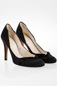 Pedro Garcia Black Satin Pumps / Size: 38.5 - Fit: 39