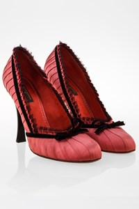Louis Vuitton Pink Satin-Like Pumps with Tulle and Velvet Details / Size: 38.5 - Fit: 39