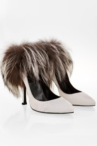 Sergio Rossi White Python Pumps with Fox Fur / Size: 37.5 - Fit: 37