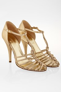 Chanel Gold Leather T-Strap Sandals / Size: 38.5 - Fit: 39