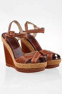 Christian Louboutin Almeria Tan Leather Platform Sandals / Size: 37 - Fit: True to size