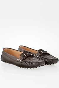 Tod's Grey Patent Leather Loafers / Size: 39.5 - Fit: 40