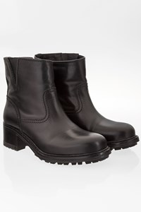 Car Shoe Black Leather Ankle Booties / Size: 37.5 - Fit: True to size