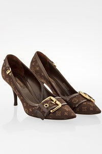 Louis Vuitton Brown Momogram Canvas Pumps / Size: 37 - Fit: 37.5