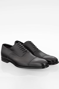 Gucci Black Leather Oxfords with Stitching / Size: 42E - Fit: True to size