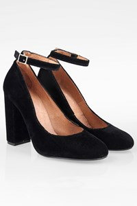 Carvela Kurt Geiger Black Velvet Mary Jane Pumps / Size: 38 - Fit: True to size