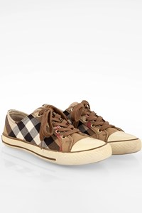 Burberry Nova Check Canvas Sneakers / Size: 38 - Fit: 38.5