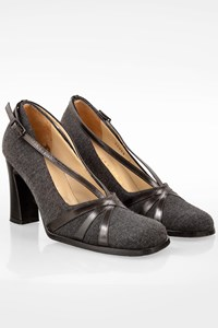 Bottega Veneta Grey Wool Pumps with Leather Straps / Size: 6B - Fit: 36