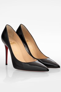Christian Louboutin Black Décolleté 554 100 Patent Leather Pumps / Size: 37 - Fit: True to size (Very tight)