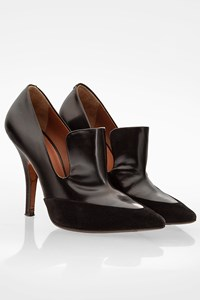 Céline Black Leather Pumps with Tongue / Size: 36.5 - Fit: True to Size