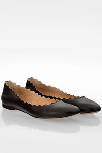 Chloé Black Lauren Leather Ballet Flats / Size: 38.5 - Fit: Wide