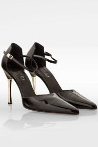 Gucci Black Patent Leather Ankle Strap Pumps / Size: 37.5 C - Fit: 37