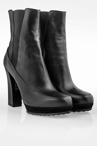Tod's Black Leather High-heel Booties / Size: 39.5 - Fit: True to size
