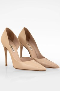 Miu Miu Nude Patent Leather Pointed Pumps / Size: 37 - Fit: True to size