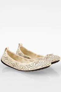 Tod's White 12C Bucatura Las Flat Leather Ballerinas / Size: 40 - Fit: True to size
