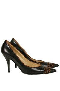 Alexander McQueen Pointed Pumps with Tan Details