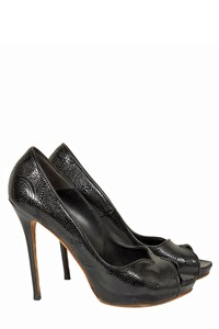 Alexander McQueen Black Embossed Patent Leather Pumps