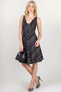 White House Black Market Black and White Embroidered Dress / Fit: S