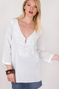 White Cotton Embroidered Top / Size: M - Fit: S / M