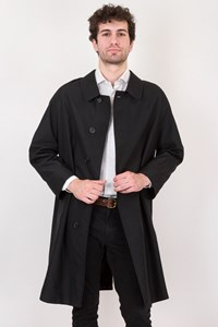 Burberry Black Silk Trench Coat with Raglan Sleeves / Size: ? - Fit: L