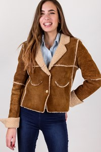 Chanel Tan Lambswool Shearling Short Coat / Size: 38 FR - Fit: XS