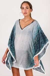 Athena Procopiou White-Blue Graduated Kaftan / Size: ? - Fit: One size