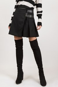 Burberry London Black Wool Mini Skirt / Size: 8 UK - Fit: S